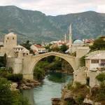 Mostar y el puente sobre el río Neretva