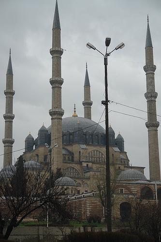 La antigua Adrianópolis, la llanura Tracia y la Mezquita Selimiye
